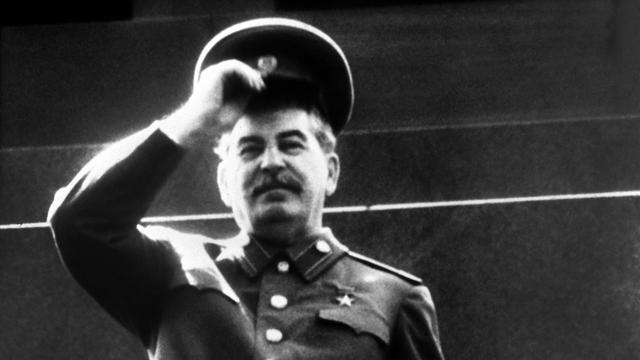 Сталин - великий государственник или узурпатор власти?