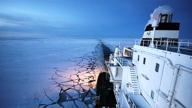 RTCC: Пока НАТО занято Украиной, Москва прибирает к рукам Арктику