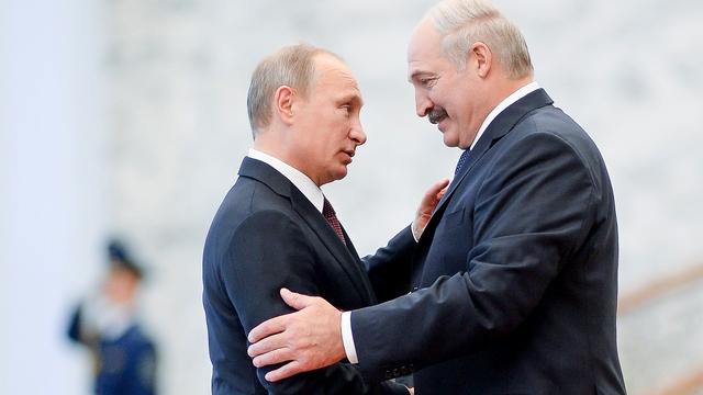 FAZ: «Делец» Лукашенко умело лавирует между Россией и Западом