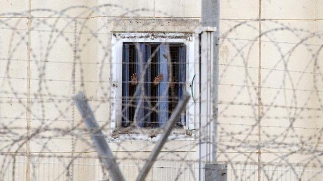 Huff Post: В американских тюрьмах сидит больше людей, чем в России и Китае