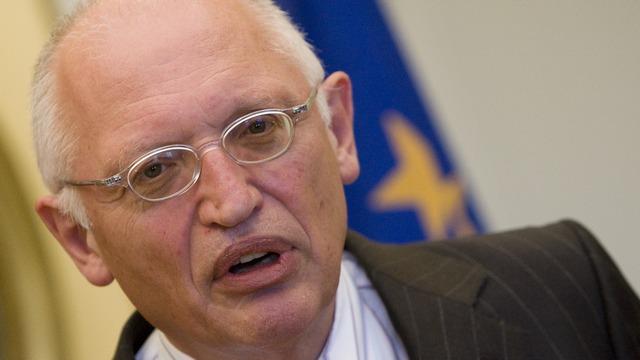 Экс-комиссар ЕС: Запад не будет принуждать Москву вернуть Крым Украине
