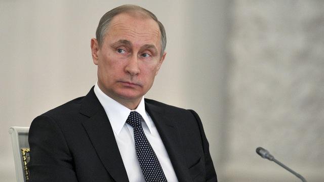 Focus: Хакеры рассказали, что Путин не читает газет и никого не боится