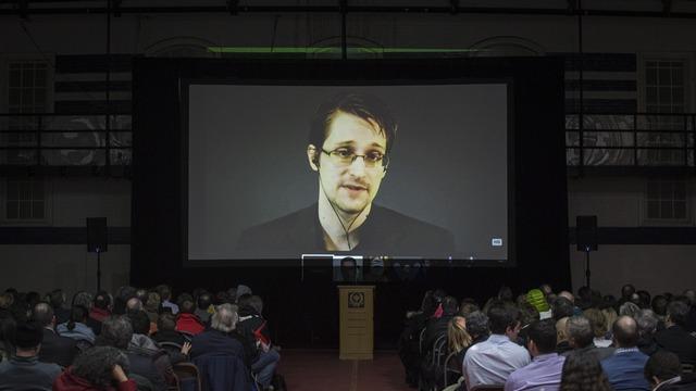 Сноуден: В Москве работать интереснее, и не платят кучу денег ни за что