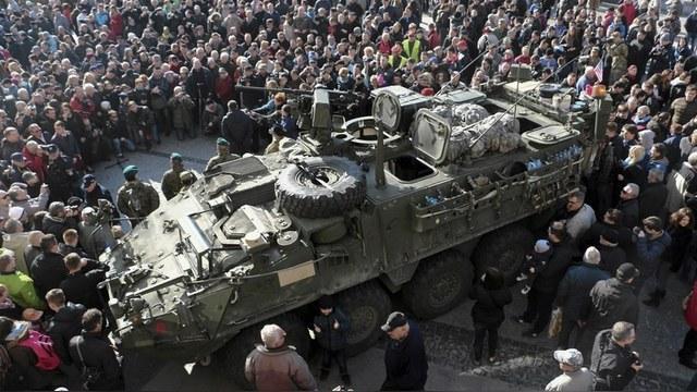 DWN: США пригрозили Кремлю размещением танков в Восточной Европе