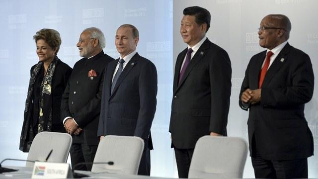 Le Monde не верит в новый мировой порядок стран БРИКС