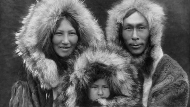 AP: Эскимосы из Аляски хотят воссоединиться с российской родней