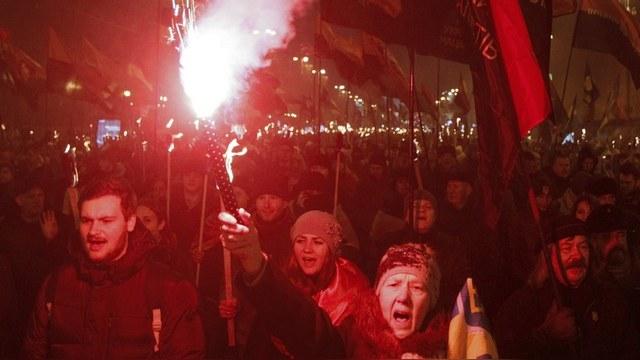 Contra Magazin: Немецкие СМИ молчат о фашистских паломничествах украинцев — ИноТВ