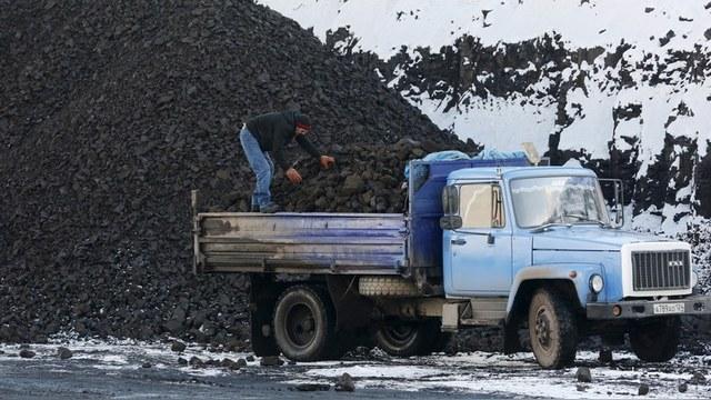 Украина готова подключить ЛЭП в Крым ради решения проблемы с углем
