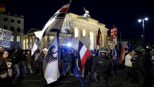 Welt: Главное оружие Путина против ЕС – европейские националисты