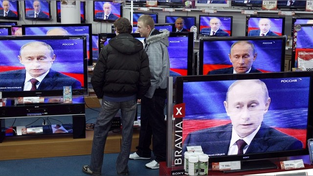 Newsweek: Пустые холодильники россиян начинают брать верх над телевизором
