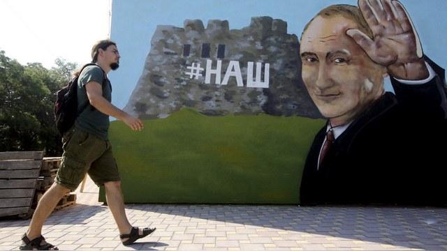 Корреспондент: ЕС снимет с России санкции только после возврата Крыма
