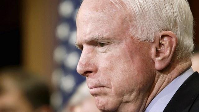 WSJ: Маккейн обвинил конгресс США в «спонсировании путинского режима»
