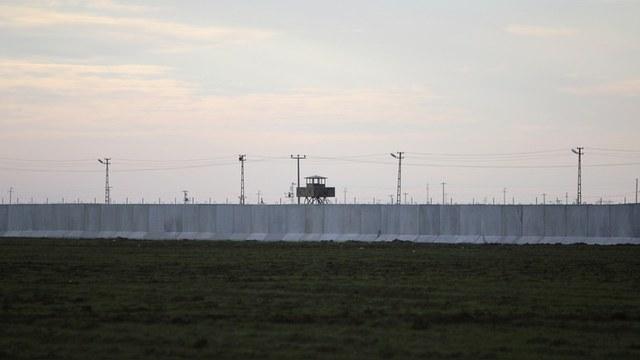 Обозреватель: Поляки предлагают отгородиться от Украины стеной