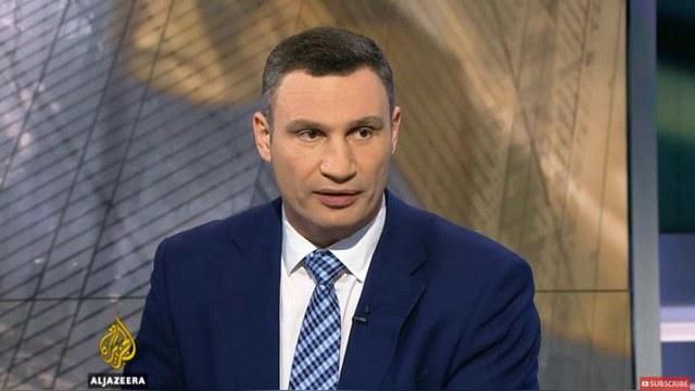 Al Jazeera: Кличко не увидел у «Азова» ни свастики, ни преступлений — ИноТВ