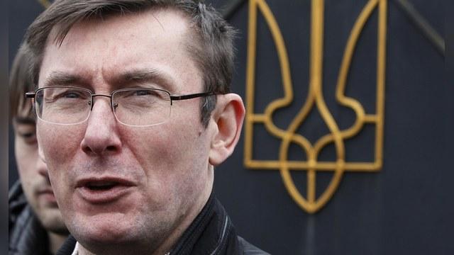 «Мы с вами одной крови»: как украинский депутат убеждал ЕС принять Киев к себе  — ИноТВ
