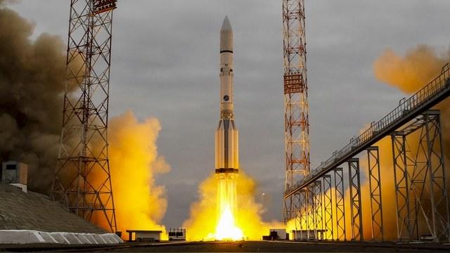 PM: Космическое ноу-хау России – огромная деревянная спичка — ИноТВ