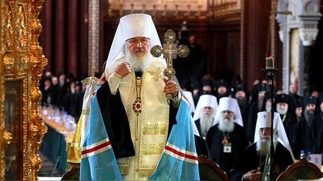 Патриарх Кирилл призвал бороться с «ересью человекопоклонничества»