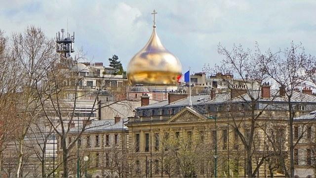 Акционеры ЮКОСа проиграли суд в Париже и остались без духовного центра