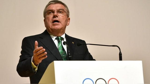 Guardian: Глава МОК осмелился критиковать WADA и защищать Россию