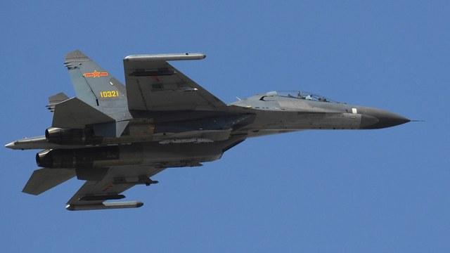 NI: Китай вооружился благодаря «привычке воровать» у США и России