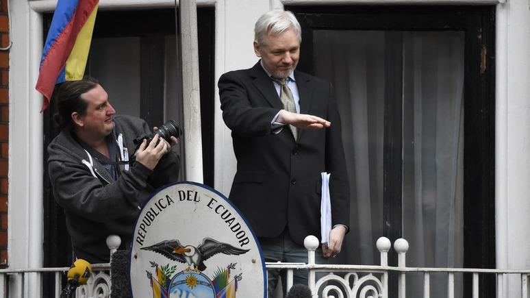 джулиан ассанж благодаря wikileaks сноуден свободен счастлив россии