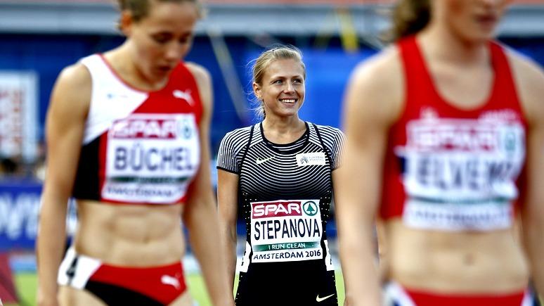Дисквалифицированной задопинг Степановой дали премию за«правду»