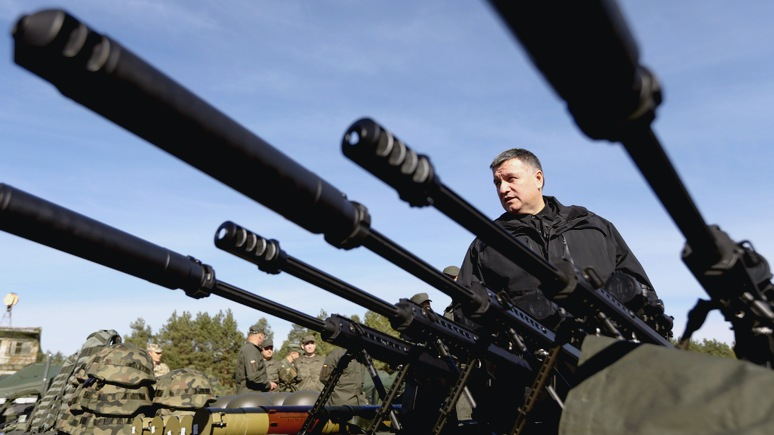 Welt: Аваков пообещал России десятки тысяч убитых, а ЕС — толпы беженцев
