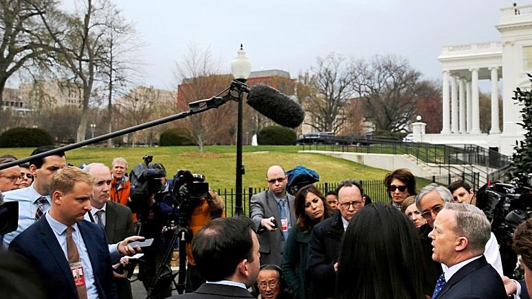 Американский эксперт: антироссийскую истерию надо остановить, пока не поздно