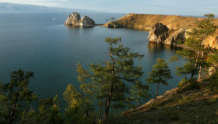 NYT: Байкал страдает от наплыва китайских туристов и неэкологичных туалетов