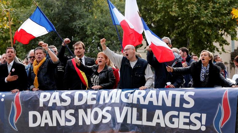 Slate: чтобы сделать Европу «полуостровом Евразии», Москва бьёт по демократии