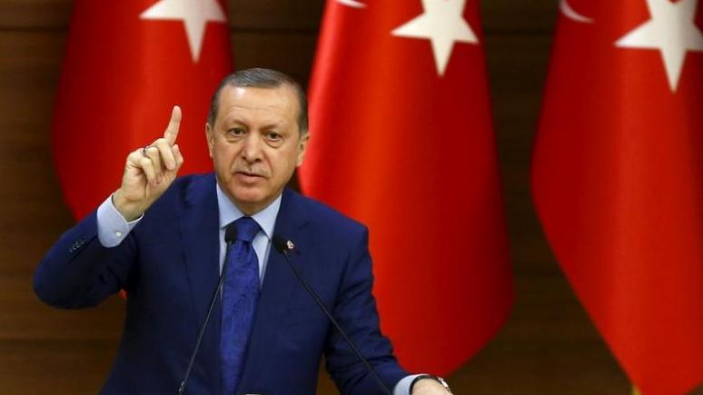 Daily Mail: Эрдоган «похоронил демократию», как до этого — Путин