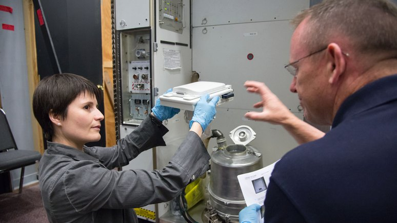 IBT: астронавт NASA боится свидания с космическим туалетом