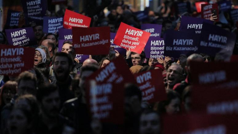 DWN: ради контроля над Москвой НАТО потерпит и диктатуру в Турции