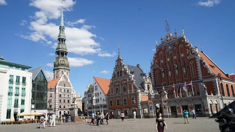 DELFI: если завтра война, экономика Латвии продержится две недели