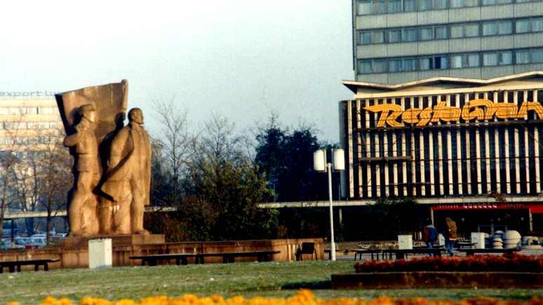 Bild: экс-глава ГДР потребовал вернуть в Дрезден «красного Ленина»