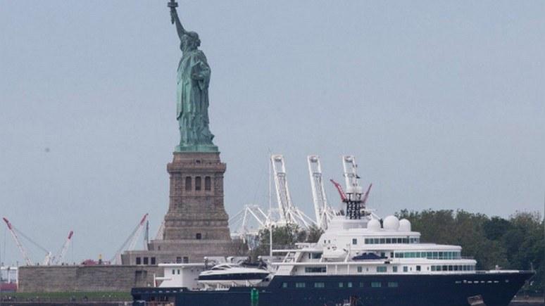 NY Post: российский бизнесмен портит яхтой вид на статую Свободы