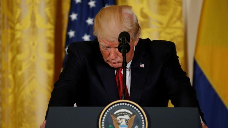 Huffington Post: отставка спасёт Трампа от импичмента и суда