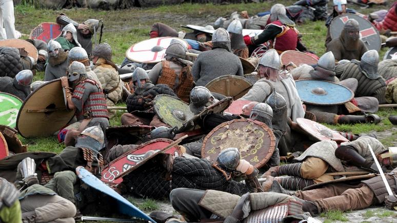 На полях сражений польских «викингов» Spiegel разглядел неонацистов