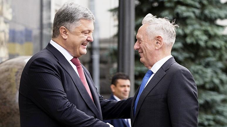AI: Запад отмывает деньги и репутации олигархов, позволяя Киеву затягивать реформы