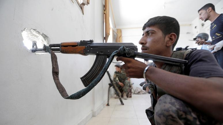 FP: Пентагон спустил больше двух миллиардов на поставку сирийским повстанцам оружия советского образца