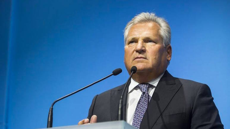 Экс-президент Польши: требуя военных репараций от Германии, Польша играет с огнём