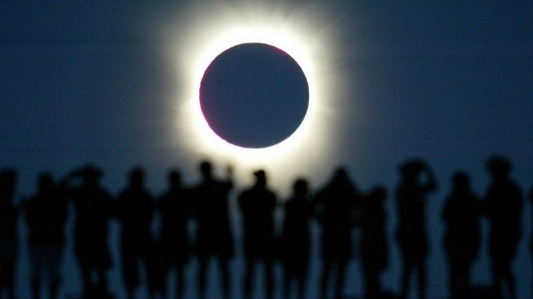 Die Presse: австрийский журналист мечтает скрыться на Луне от тотальной неполиткорректности