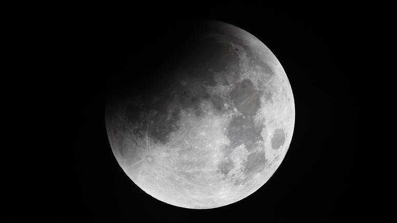 Английские  СМИ сообщили  опланах Российской Федерации  «оккупировать Луну»
