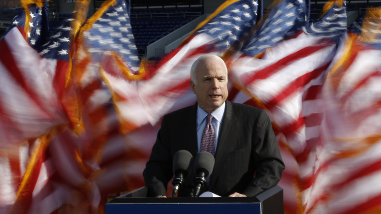 Решение США оборужии Украине запоздало нагоды— Маккейн