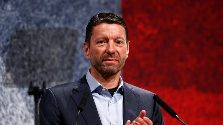Руководитель Adidas призвал Запад помириться сРоссией