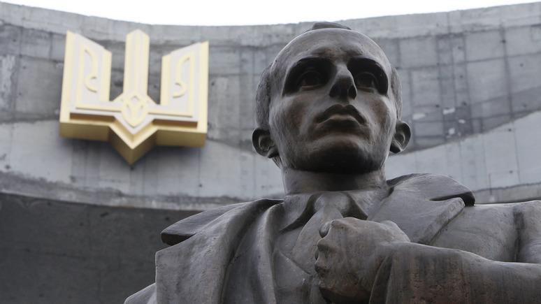 Сенат Польши одобрил закон озапрете «бандеровской идеологии»