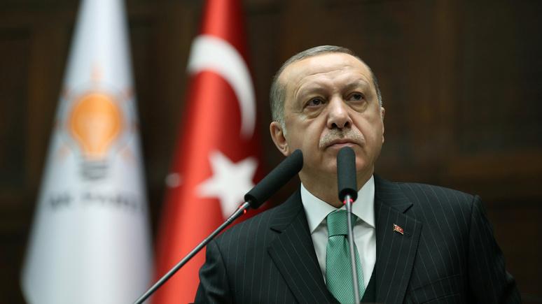 Le Monde: разочаровавшись в США, Эрдоган окружает себя консерваторами и антизападниками