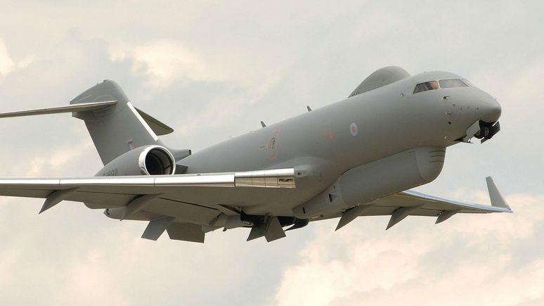 Times: британские самолёты-разведчики следят за российскими «Искандерами»