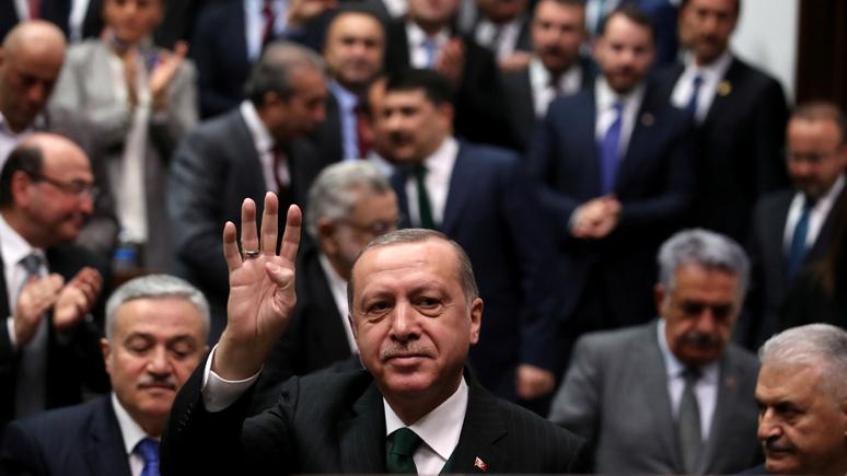 Hürriyet: в Турции обостряются антиамериканские отношения, но Эрдоган тут ни при чём