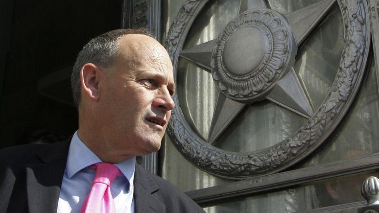 Бывший британский посол: Лондону лучше дружить с Москвой ради будущих поколений